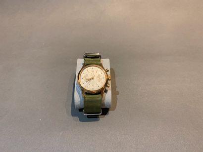 TITUS. Bracelet montre chronographe en acier...