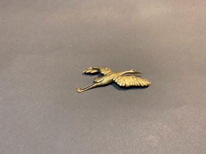 Broche en or 750 °/°° ciselée d'une cigogne...