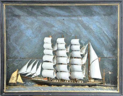 Maquette de quatre-mâts barque en bois sculpté...