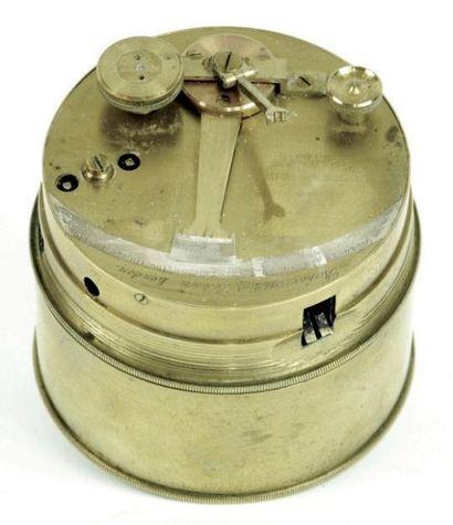 Sextant de poche à pinnule dit box sextant....