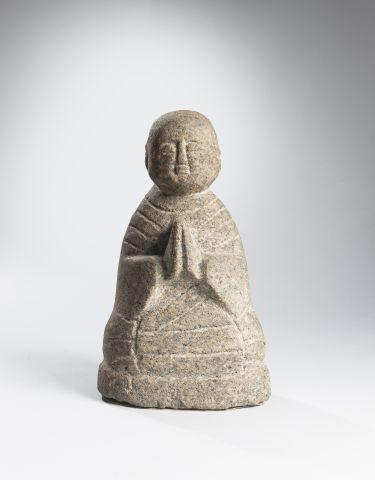 Petit adorateur en calcaire. Japon H. 25...