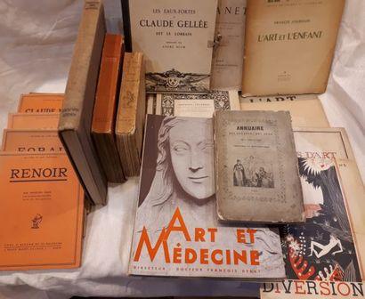 [ARTS]. Brochures, monographies et documentation...