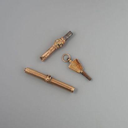 Lot de clefs de montre en or 750 °/°° et...
