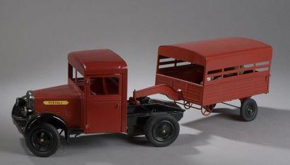 CIJ Camion Renault Rouge  Dim. 17x61 cm