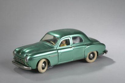 CIJ Renault Frégate Berline - Vert métal...
