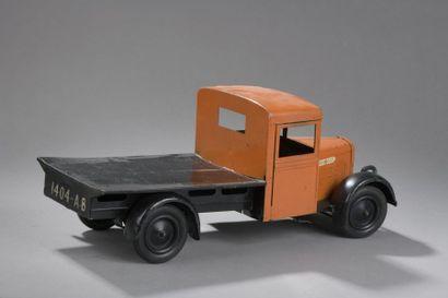 CIJ Camion Renault Plateau Orange 1950  DIm....