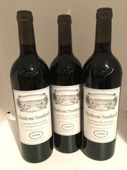 3 bouteilles de Château SOUTARD, Grand Cru...