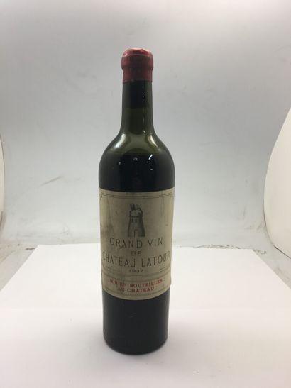 1 bouteille de Château LATOUR 1937, mi épaule,...