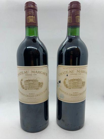 2 bottles of Château MARGAUX Premier Grand Cru Classé, Margaux 1983, 2 base neck,...