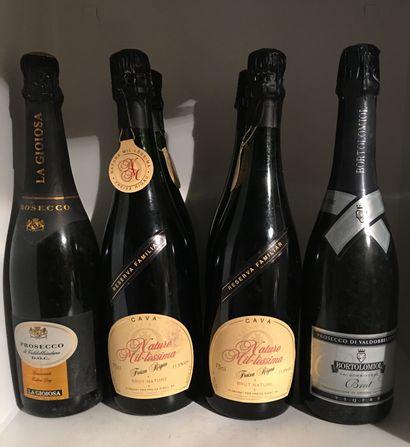 6 bouteilles de bulles étrangères dont 4...