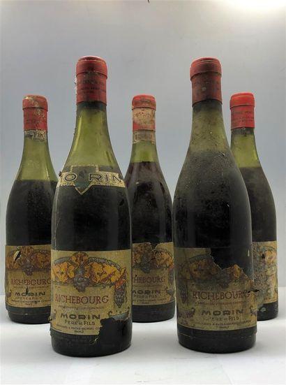 5 bottles of Richebourg Morin 1949, level...