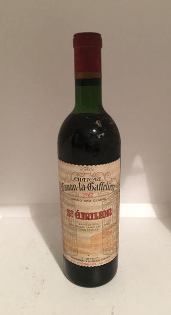 1 bottle of Château CANON-LA-GAFFELIERE, Grand Cru Classé, Saint-Emilion 1962, high...