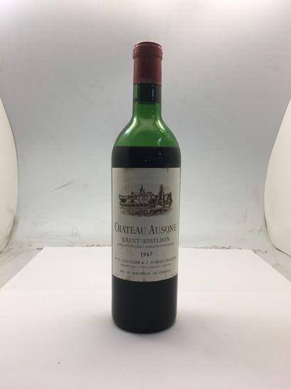 1 bouteille de Château AUSONE Saint-Emilion...