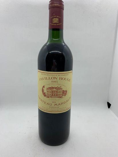 1 bottle of Pavillon Rouge du Château MARGAUX 1985, slightly low, label with tr...