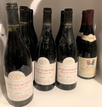 12 bouteilles dont 10 AUXEY-DURESSES du Domaine...
