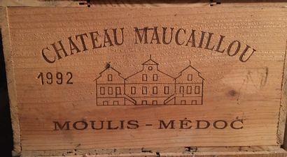 12 bouteilles de Château MAUCAILLOU Moulis-en...