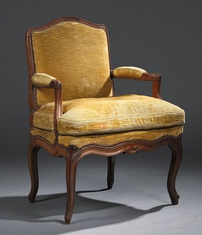 Convertible armchair in moulded natural wood,...
