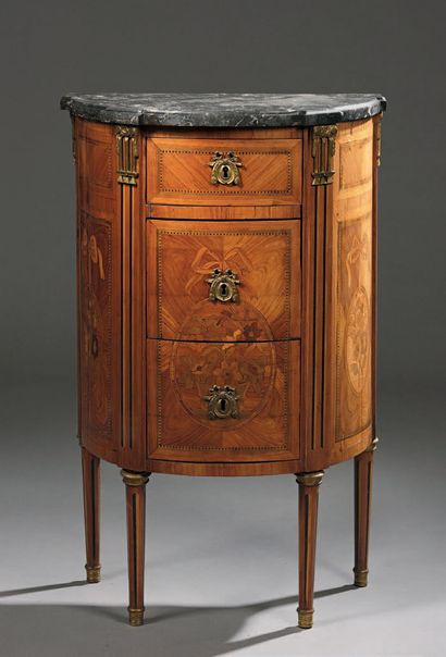 Small chest of drawers in marquetry of flowers...
