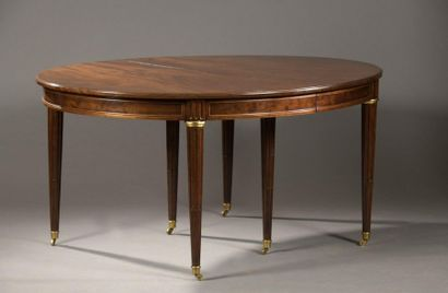 Table de salle à manger en acajou, ovale,...