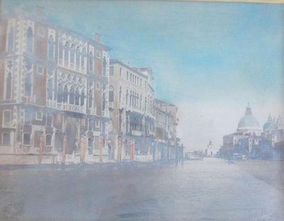 vue du canal de Venise  Photographie coloriée...