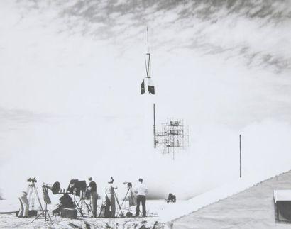 NASA  Lancement de la première fusée à Cape...
