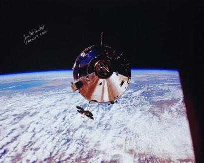 NASA / James Mac DIVITT  Apollo 9 : Le module...