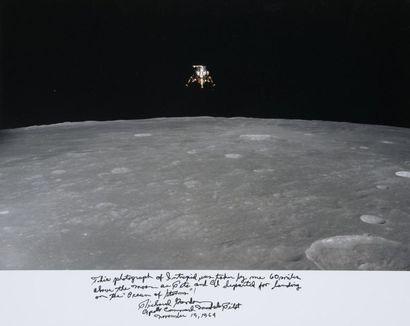 NASA / Richard GORDON  Apollo 12 : Alunissage...