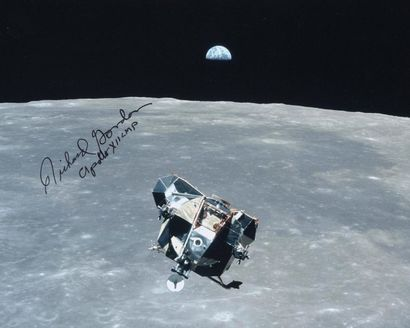 NASA / Richard GORDON  Apollo 12 : Le module...