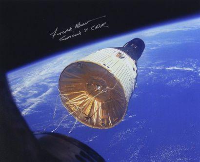 NASA  Gemini 7 vu depuis Gemini 6 : Le premier...