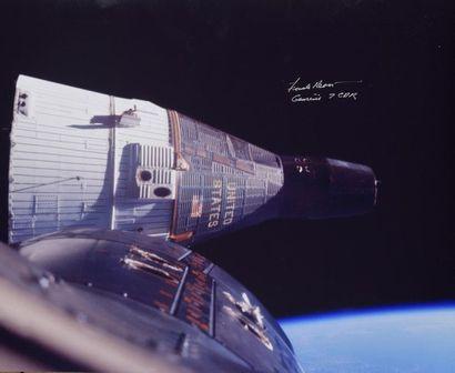 NASA  Gemini 7 : plan rapproché du rendez-vous...