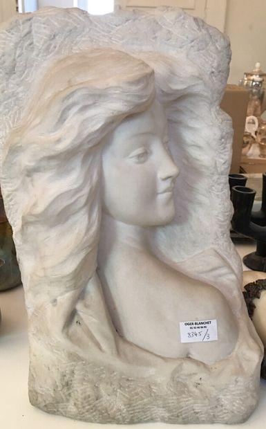 LEBRUN.  Buste de femme en marbtre blanc...