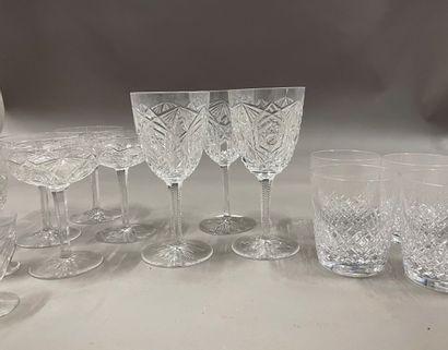 Lot de verres :  5 à à whisky en cristal...