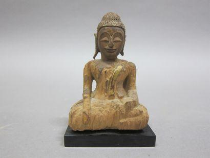 Bouddha en bois  Thaïlande.  10 x 6 cm