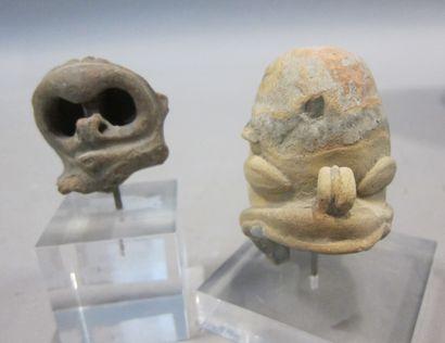 Art Précolombien  Deux petites têtes en pierre...