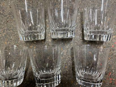 BACCARAT, 12 verres à whisky en cristal...