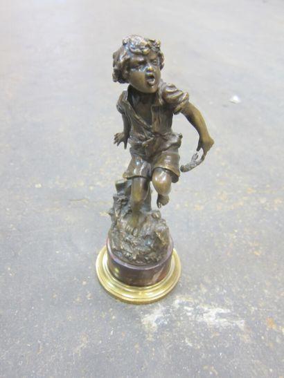 LAUBAT (XXème siècle.)  Enfant pincé par...