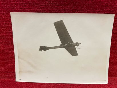 Lucien LOTH (1885-1978)  Antoinette dans le ciel  Semaines d'aviation à Reims, août...