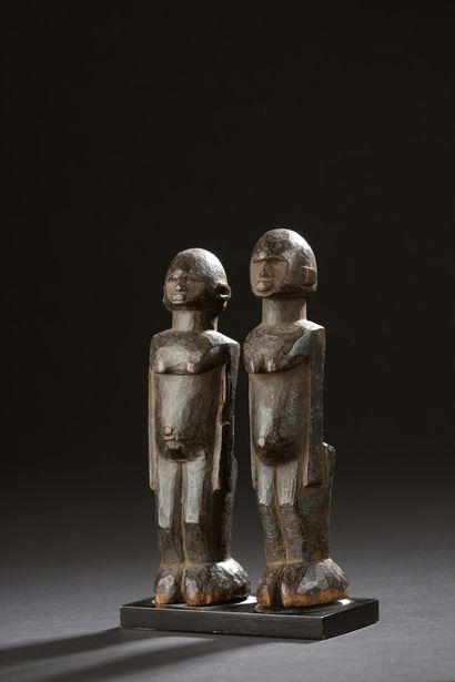 Couple de statuettes Lobi, Burkina Faso  Bois...