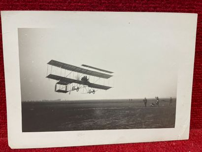 Lucien LOTH (1885-1978)  Biplan dans le ciel  Première et deuxième Semaines d'aviation...