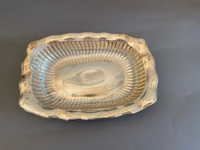 Rectangular silver basket with gadroons and...