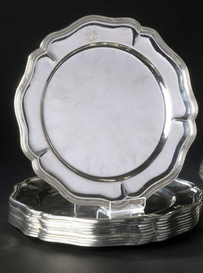10 presentation plates (925) silver, contoured...