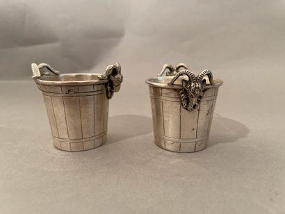 Pair of silver salt shakers 800 thousandths...