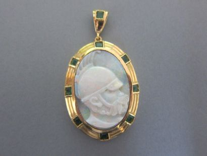 Pendant decorated with a cameo on opal representing...