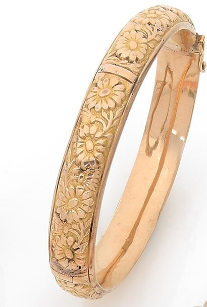 Bracelet rigid rush opening decorated with...