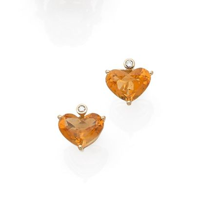 Pair of ear studs decorated with a citrine...