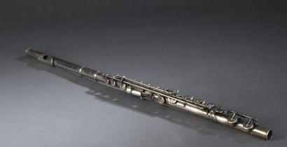 Flûte traversière métal argenté  Porte la...