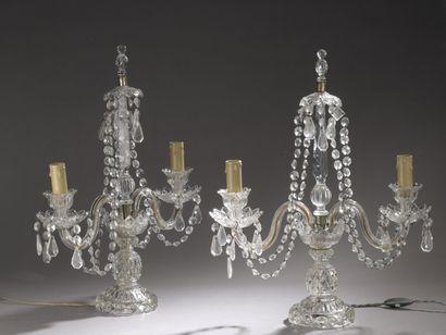 Paire de candélabres en cristal de verre,...