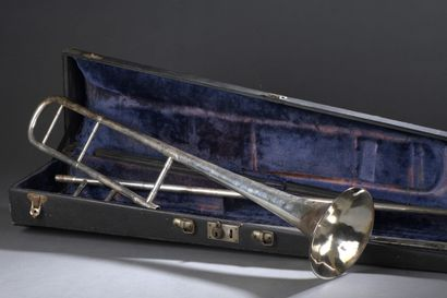 Trombone à coulisse en métal argenté, porte...
