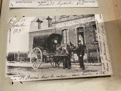 Un album de cartes postales anciennes d'Arras,...