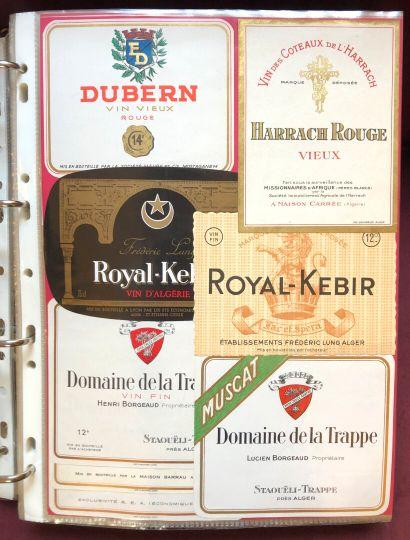 1 album d'environ 800 étiquettes de vin du...